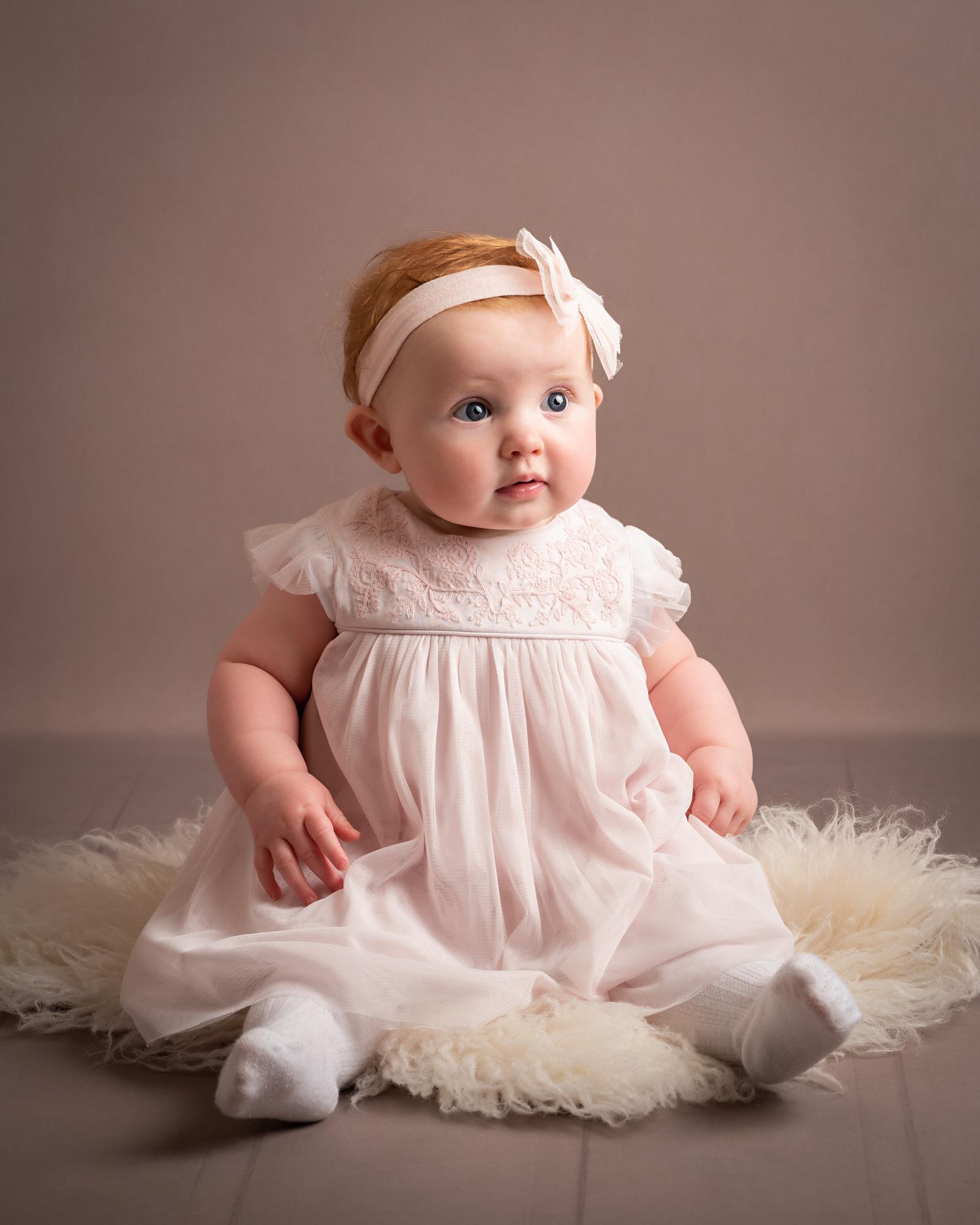 Newborn_baby_photographer_dudley_midlands_posing_on_fur